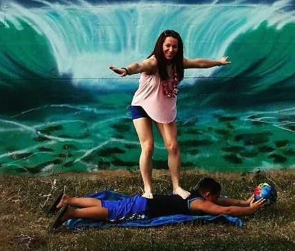 Jessica_has__bodysurfed_her_way_to_Hawaii___ashiplanking__planking__ashiplank__bodysurfing__bodysurf__backwalking__walkonmyback__ashiatsu__ashiatsuisthenewblack